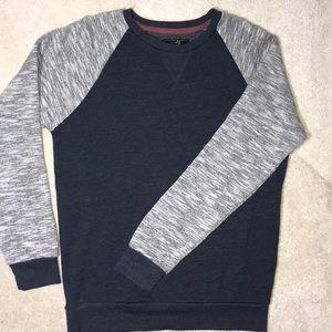 Men's Blue & Gray Sweater